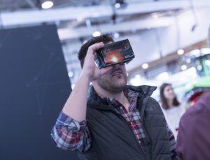 Massey Ferguson ürünleri, sanal gerçeklik teknolojisiyle müşteri neredeyse orada