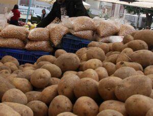 çiftçinin elinde kalan yemeklik patates ve kuru soğan ücretsiz dağıtılacak