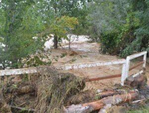 dere taştı, tarım arazileri sular altında kaldı